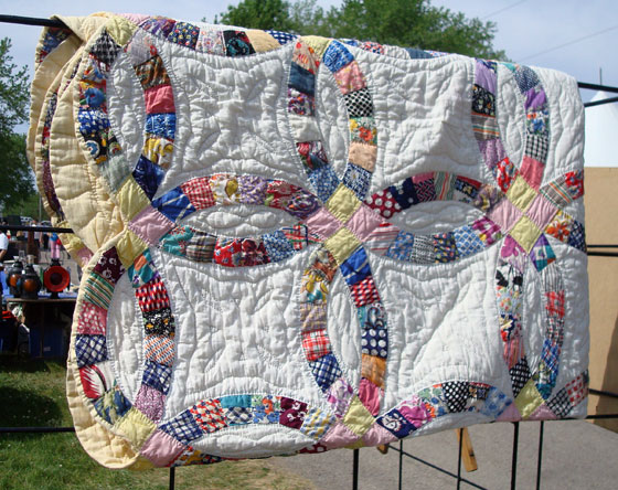 Antique double wedding ring quilt