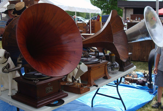 Old phonographs