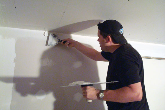 Drywalling with a hod