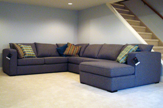 Decor-Rest sectional couch with chaise