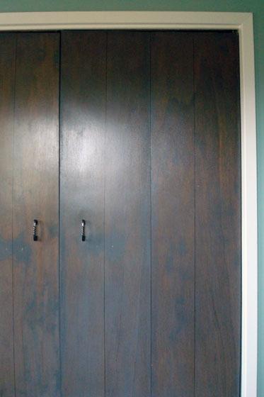Minwax grey stained bifold closet doors