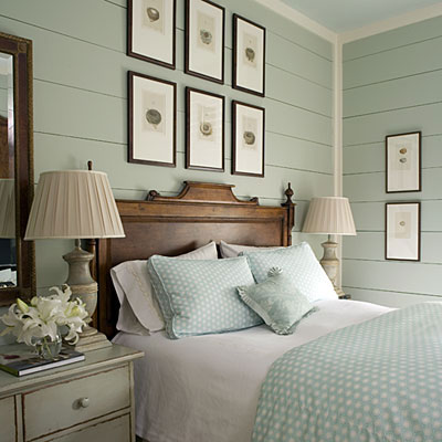 Calm and traditional master bedroom