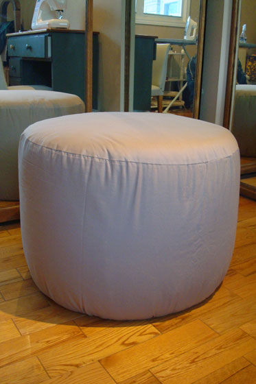 Upholstering a round foot stool