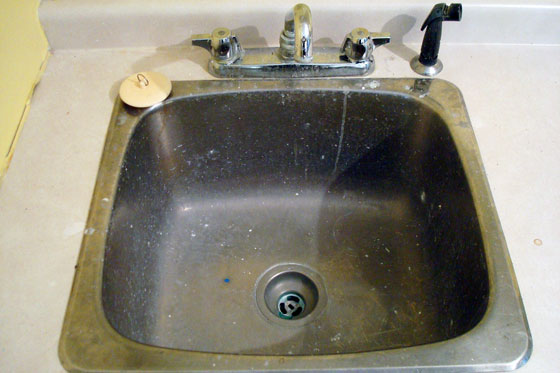 how to clean steel sink