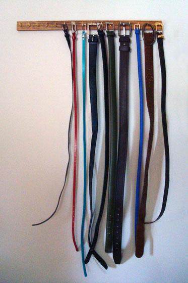 Simple belt storage solution