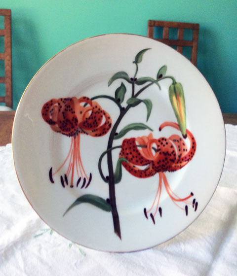 Tiger lily plate