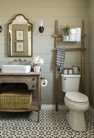 Country style bathroom by Jenna Sue Design