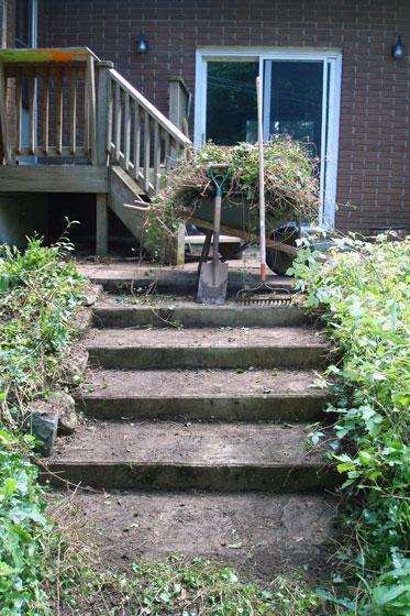 Concrete patio steps