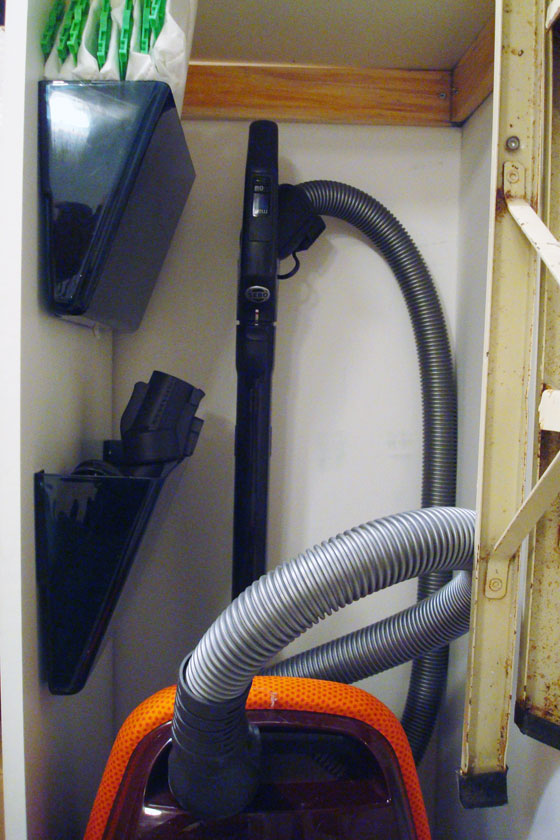 Storing the vacuum and its attachments