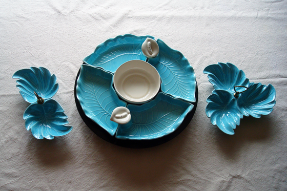 Blue leaf serving dishes
