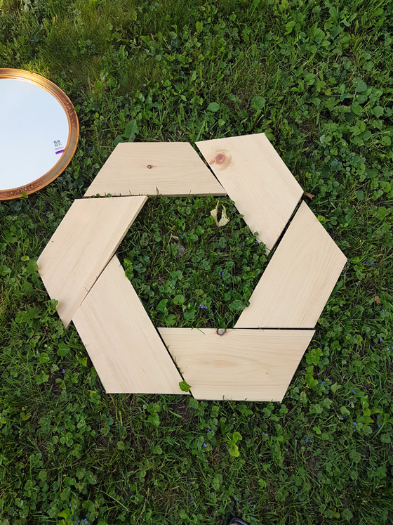 Building a round wood frame