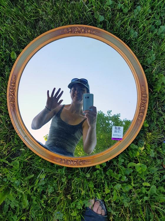 Round mirror makeover before