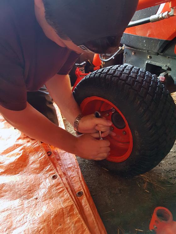 Kioti CS2410 tractor | Home on 129 Acres