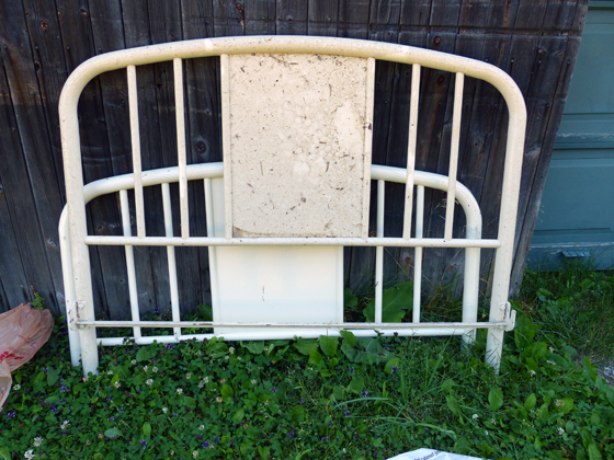 Vintage metal bedframe painted cream