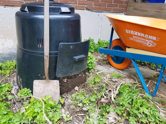 Emptying the backyard composter