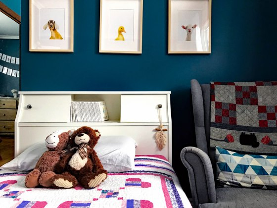 Colourful toddler bedroom